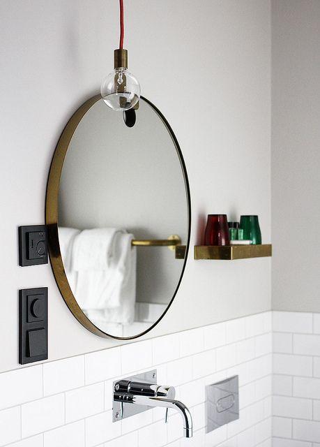 Comment j 39 ai imagin ma salle de bains mariekke for Miroir rond industriel