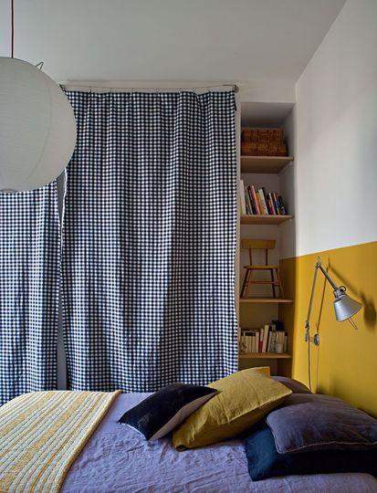 des murs de couleur dans une chambre mariekke. Black Bedroom Furniture Sets. Home Design Ideas