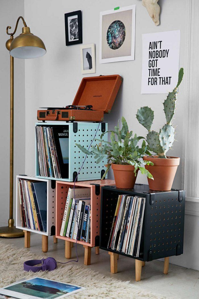 meubles modulables couleurs Urbanoutfitters