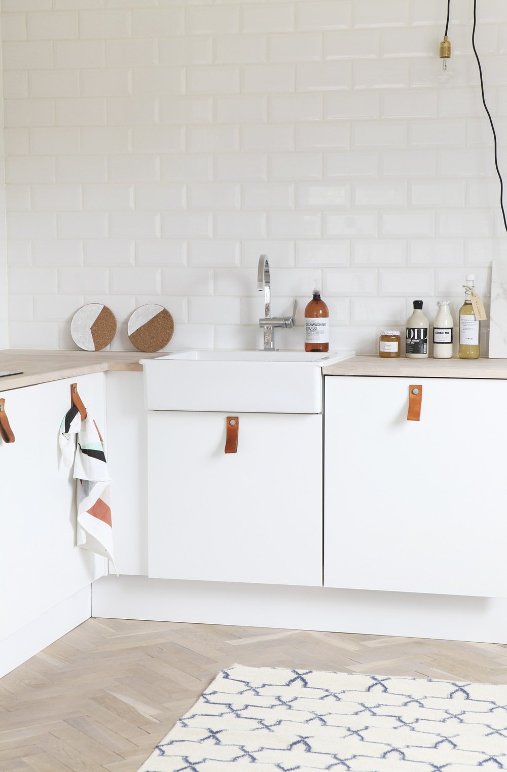 relifter sa cuisine 1 2 mariekke. Black Bedroom Furniture Sets. Home Design Ideas