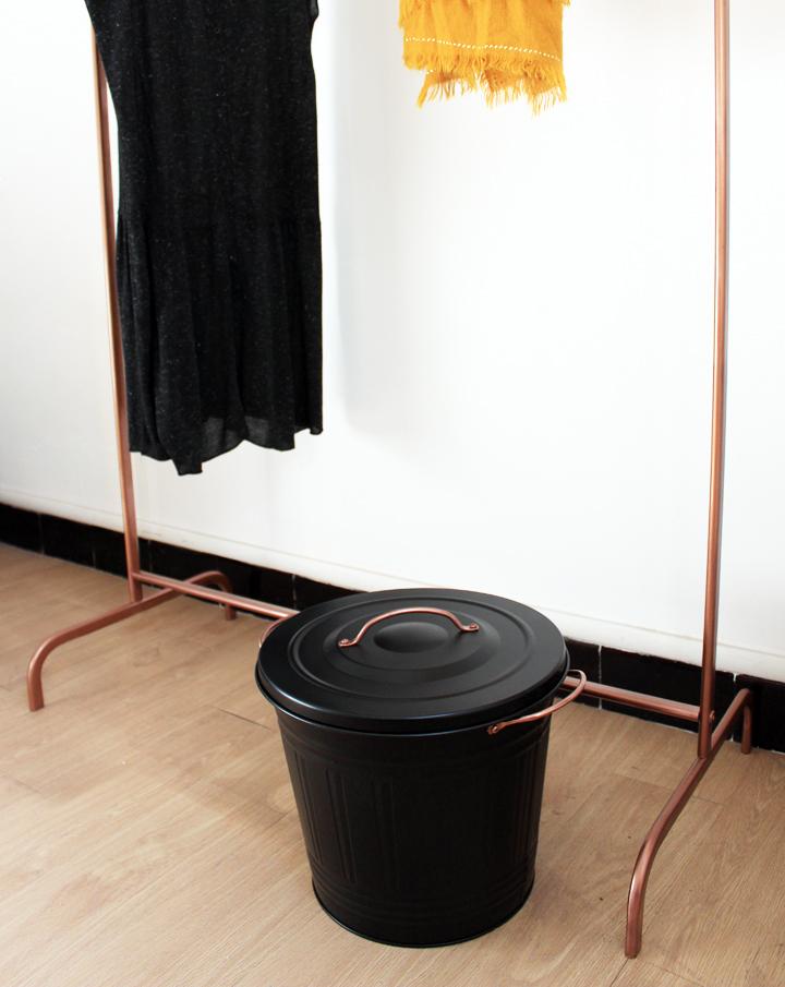un portant en cuivre et corde mariekke. Black Bedroom Furniture Sets. Home Design Ideas