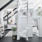 un mini-loft noir et blanc à Goteborg
