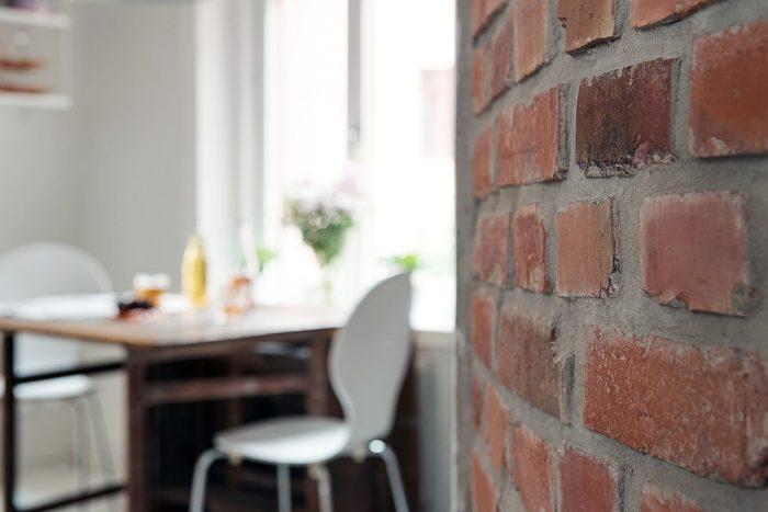 appartement scandinave ancien avec briques