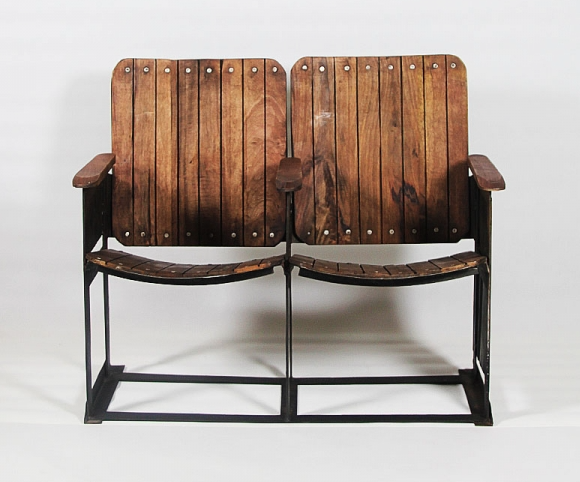 made-in-meubles-fauteuil-theatre-bois-industriel_mariekke