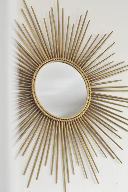 Le vide grenier d 39 une parisienne dr lement bien fourni for Miroir semi reflechissant acheter
